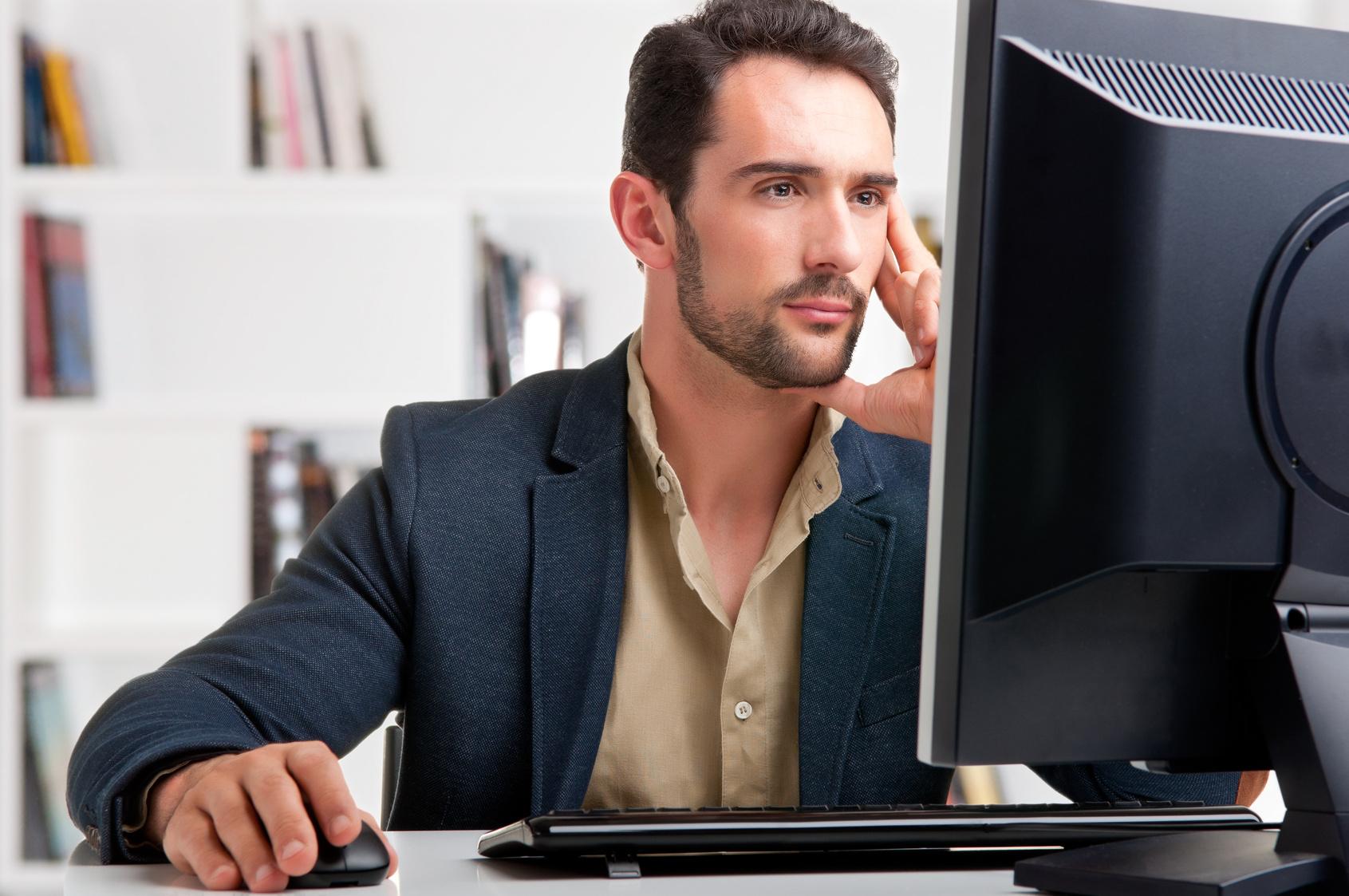 desktop_pc_man_computer