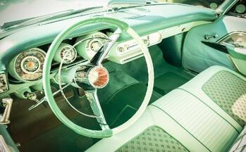 retro-car-dashboard
