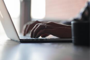 computer-digital-laptop