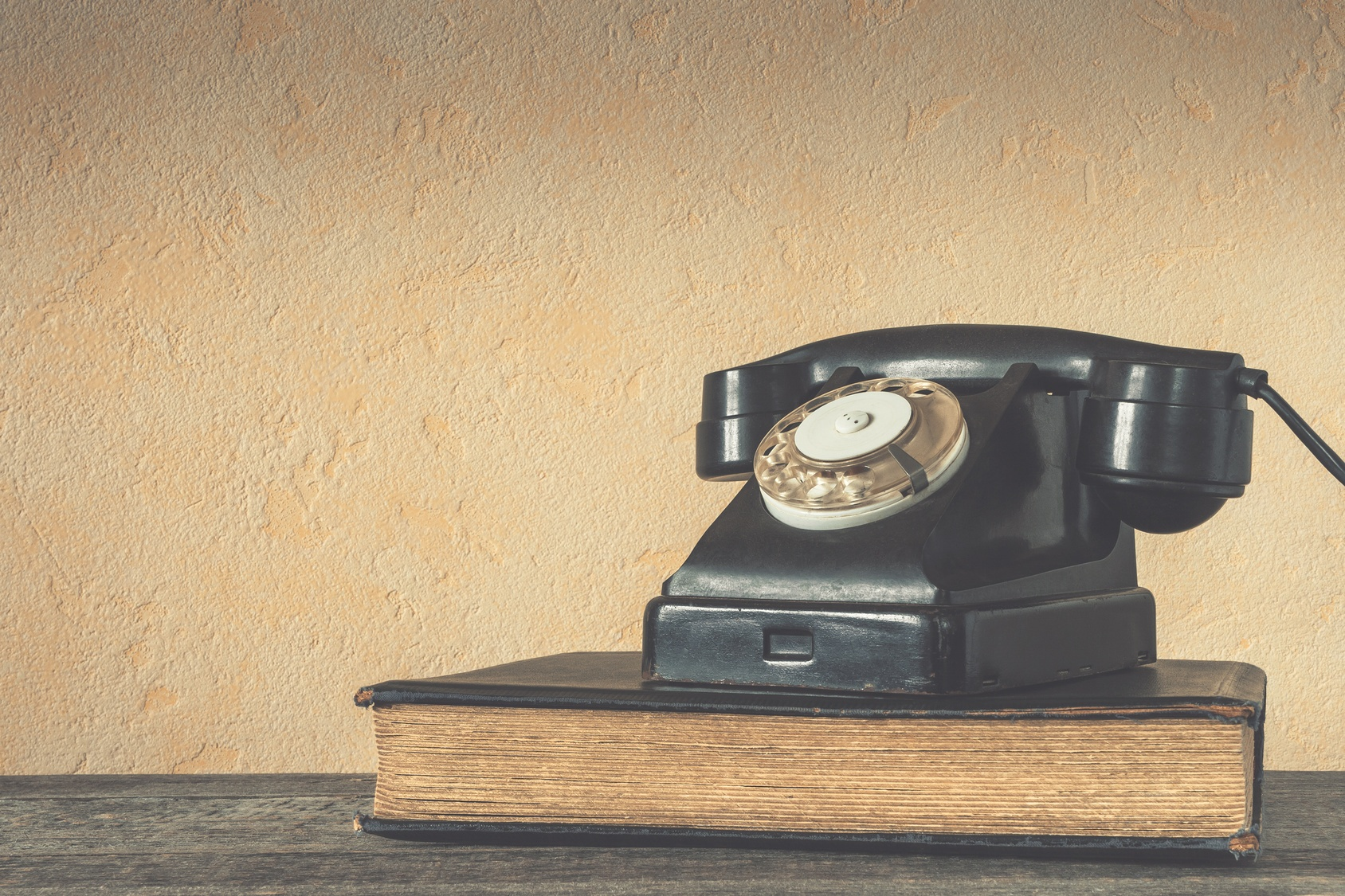 4 Tips to Improve Your Phone Prospecting